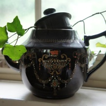 cracked teapot