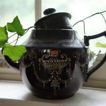 cracked teapot